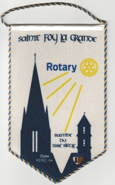 Rotary Sainte Foy La Grande Fanion JUILLET 2021.jpg